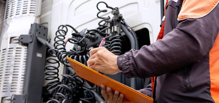 Camión mecánico mantenimiento