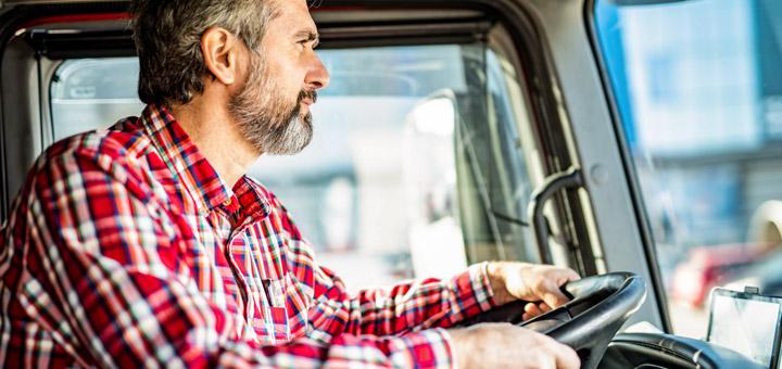 manejar camión hombre
