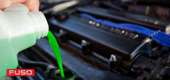 ¿Qué es el refrigerante y qué función cumple en tu camión?